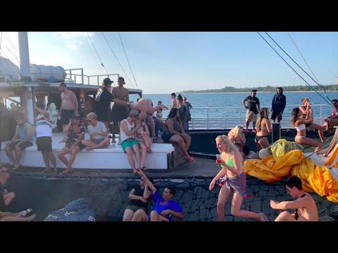 Traveling U0026 Party Boat Gili Trawangan