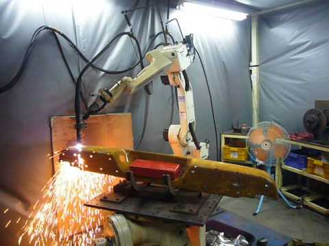 OTC Robot arm with plasma cutting
