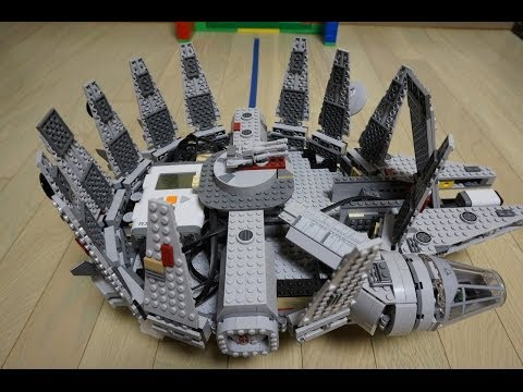 LEGO Star Wars Millennium Falcon 7965 - ROBOT VACUUM CLEANER version by 뿡대디