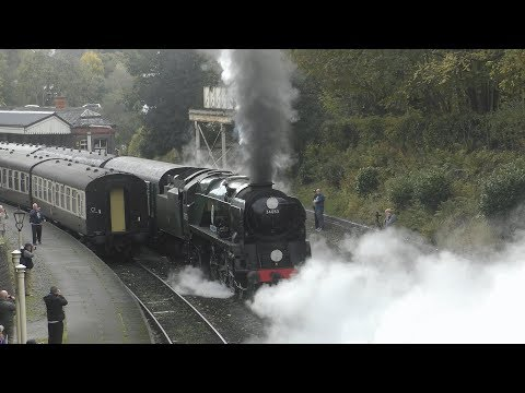 34053 'Sir Keith Park' Slips Out Of Llangollen (4K)