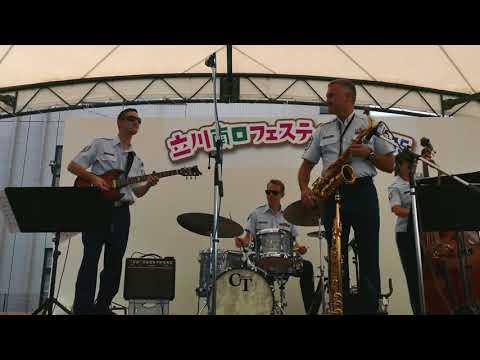 ジャズコンボ ソニー・ムーン・フォー・ツー ソニー・ロリンス アメリカ空軍太平洋音楽隊アジア パシフィック・ショーケース・コンボ(4K-UHD)Sonny Moon for Two
