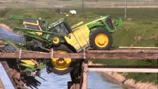 Tractors Accidents Stuck Crash 2014 [shocking stuff altogether -tracteur]