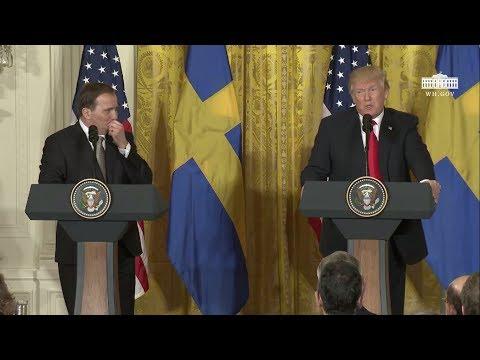 """Här läxar Trump upp Löfven: """"Ni har problem med invandringen"""""""