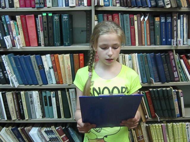 Изображение предпросмотра прочтения – ДарьяГусева читает произведение «Зеленый шум» Н.А.Некрасова