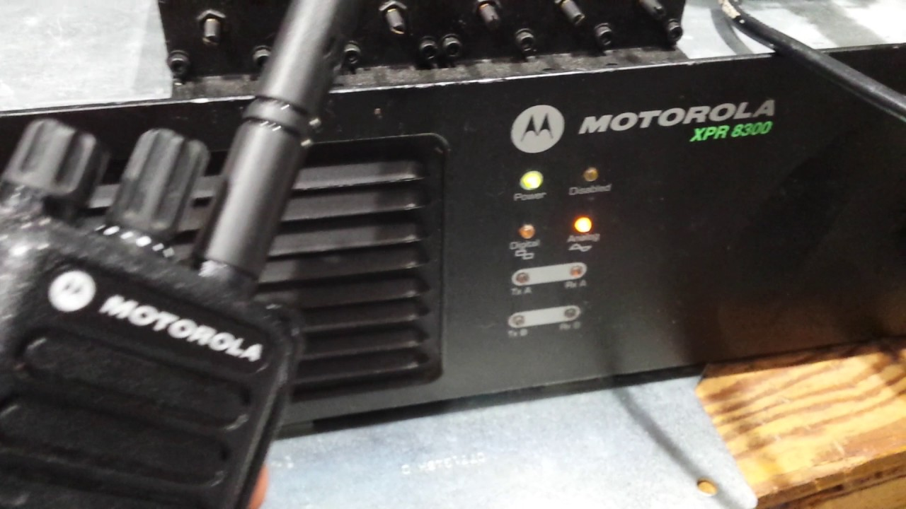 MOTOROLA XPR8300 MOTOTRBO REPEATER DEMO FOR DMR AND ANALOG RADIO  COMMUNICATION