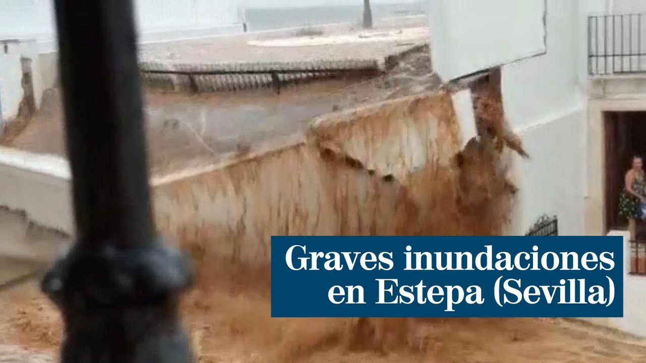 Estepa: la lluvia y el granizo derrumban parte de una vivienda