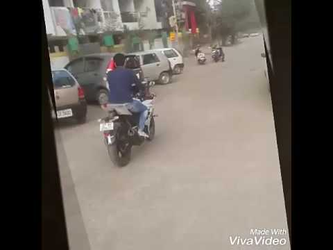 Download Raees song bike