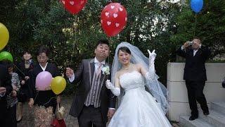 2016年10月23日に茨城県ひたちなか市にあるHotel Crystal Palaceで結婚...