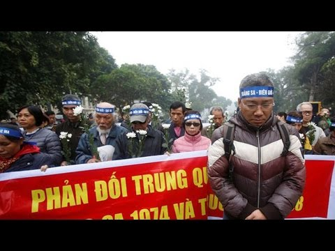 Vietnam police halt anti China protest over islands