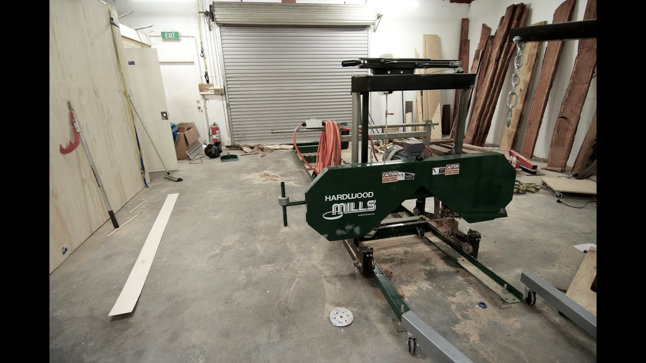 Milling logs with my electric bandsaw mill - JWS podcast