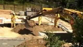 Строительство дома из газобетона(Демократичный строительный материал необычайно популярен на строительном рынке страны. Теплые и комфортн..., 2011-08-02T09:00:41.000Z)
