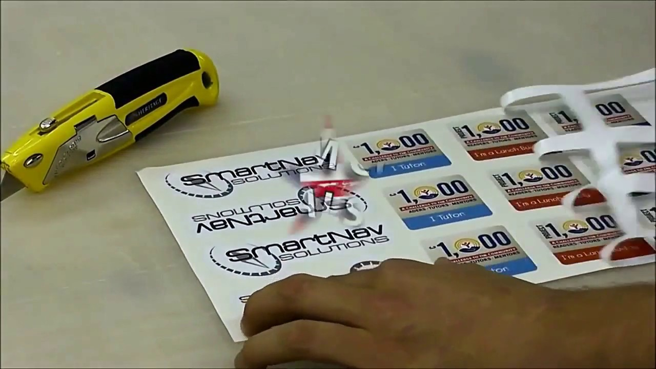 Production of custom vinyl stickers decals cheap die cut printed stickers