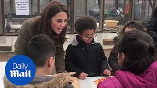 Cute moment little girl asks Kate if the Queen 'has ever had pizza'