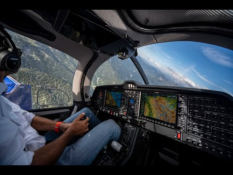 DiamondAircraft DA50 RG 360° Flight