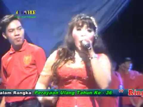 Familys Live Bunga Mekar / Mila Puspita Mawar Di Tangan Melati Di Pelukan    by khuple