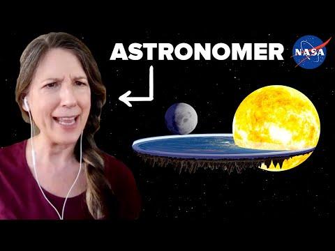 Real NASA Astronomer Reviews Flat Earth Simulator • Professionals Play