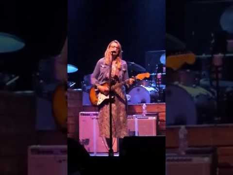 Angel From Montgomery Susan Tedeschi 9 June 2017 Philly