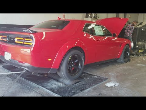 Demon vs Hellcat on the Dyno!