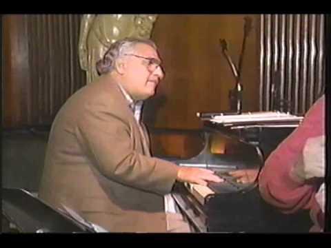 Jazz Violinist Johnny Frigo performs with Joe Vito in Chicago