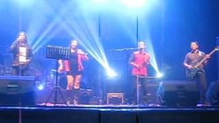 Manuela Run - TOTO Tribute Bodhisattva Band @Pesta Rakyat Balikpapan 31 Des