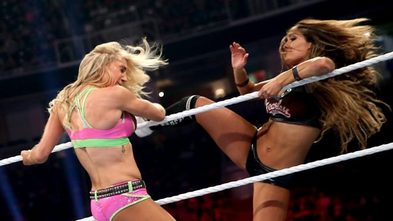 The Bella Twins vs. Charlotte & Becky Lynch: Raw, August 3, 2015