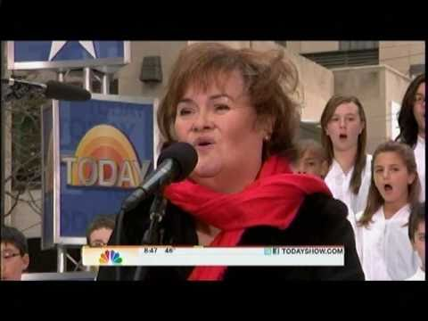 Susan Boyle ~ Perfect Day ~Today Show, Rockefeller Plaza, NY (23 Nov 10)
