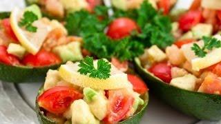 Лодочки из авокадо. Салат из авокадо с креветками