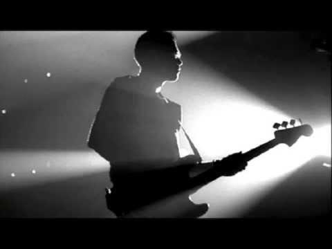 Alicia Keys + U2 - No One