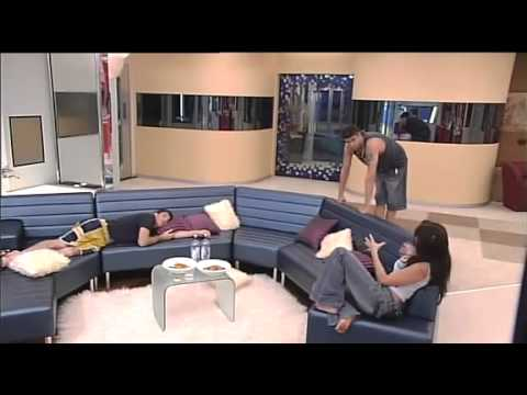 Big Brother Australia 2005 - Day 2 - Live Surprise
