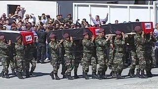 Палестинских боевиков в Рамаллахе похоронили с...