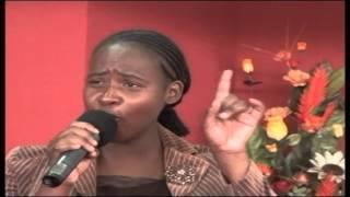 Sis Hannah Chikosi & Sisters-Mwari Vafunga Nezvangu(Roll Away The Stone)