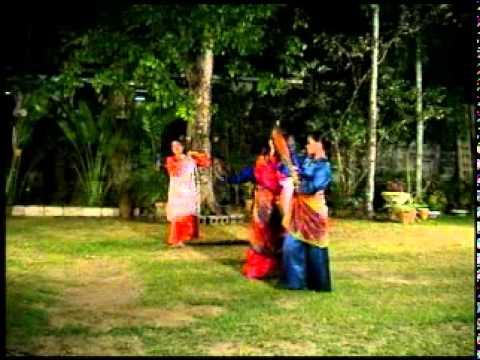 Philippine Folk Dances - Track 11 - Kappa Malong-Malong.AVI