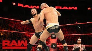 Finn Bálor vs. Cesaro: Raw, July 3, 2017