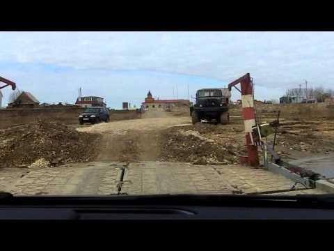 На автомобиле из Старой Рязани в Спасск-Рязанский через наплавной мост 13.04.2014