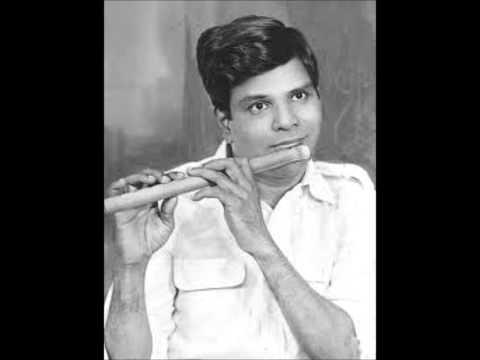 "T R Mahalingam ""Mali""-Ninuvina-Navarasakannada-78 rpm Pts 1 & 2"