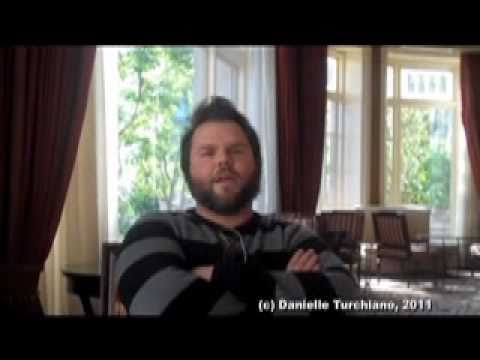 Tyler Labine interviewed about 'Mad Love'