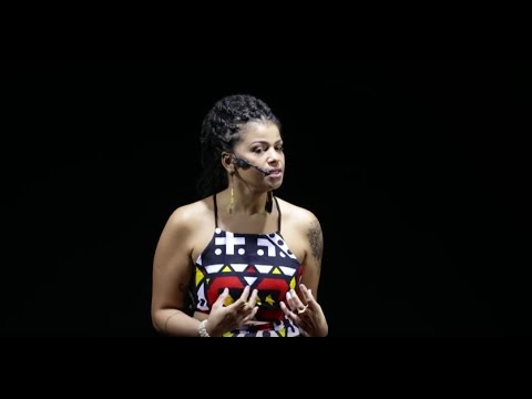 Ressignificando Conceitos Para Reconstruir Histórias  Priscila Gama  TEDxPedradoPenedo
