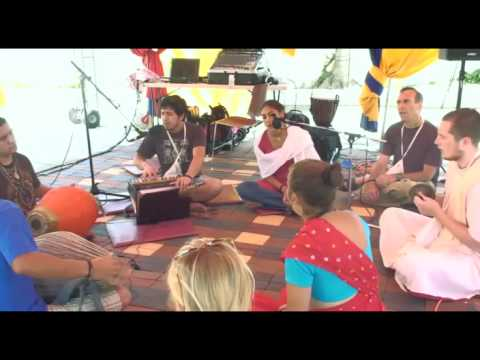 Bhajan - KulimeLA Day 2 - Arjuna Ochoa das (3/7)