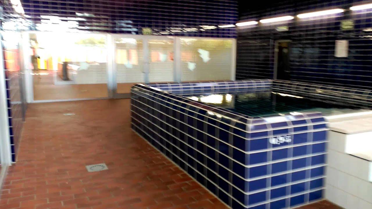 Piscina espartales alcala de henares great fachada de for Piscinas de agua salada en madrid