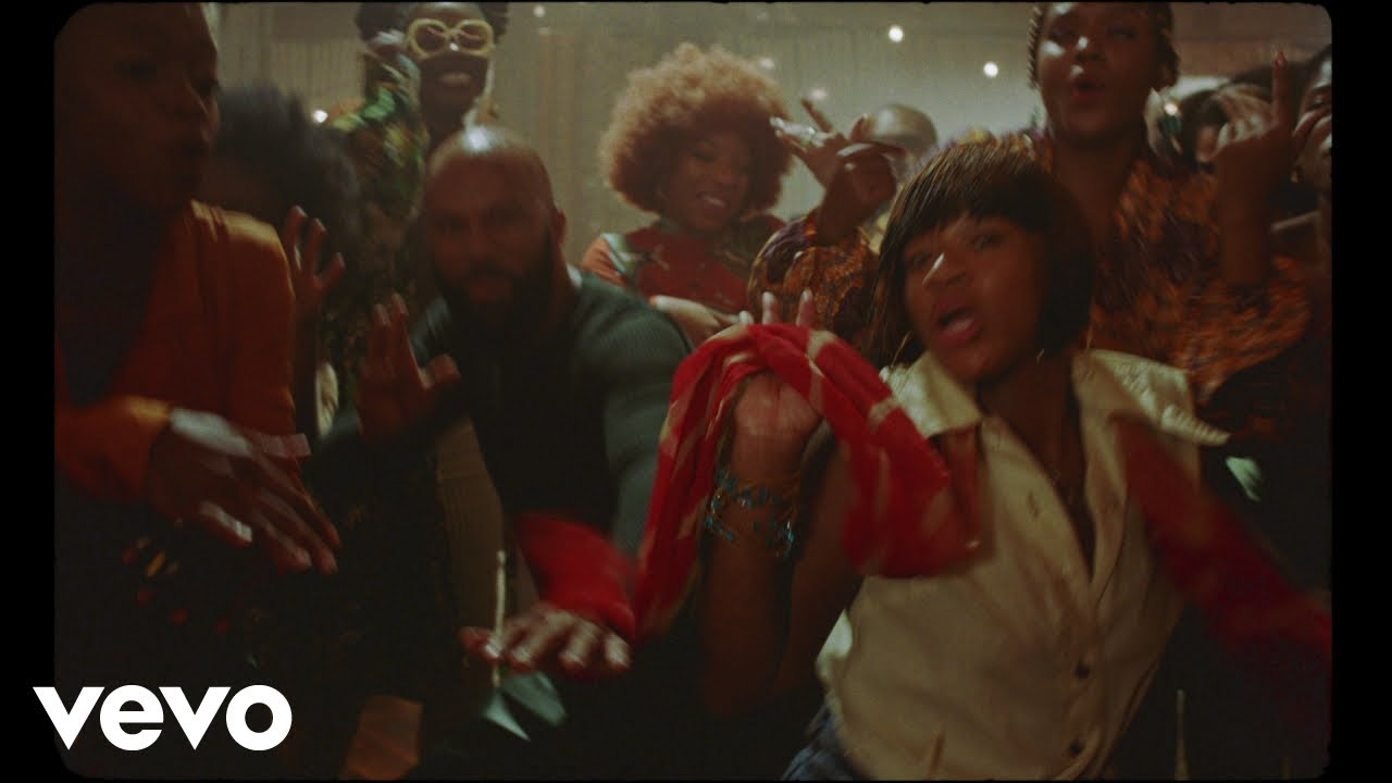 """Common: """"When We Move"""" Ft. Black Thought, Seun Kuti"""