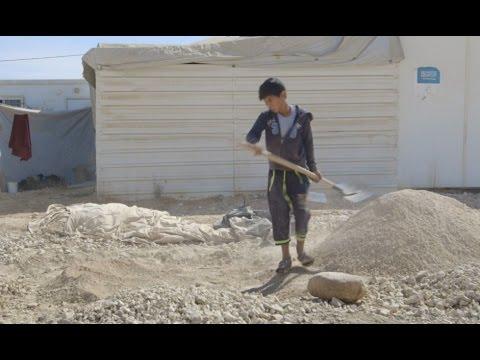 ヨルダン:家族のために働く13歳のシリア難民の少年「もう子どものように感じない」