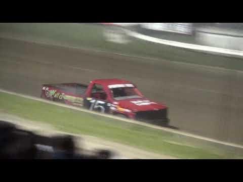 Bob Larson Shootout Sportsman Truck feature Lafayette County Speedway 9/15/18