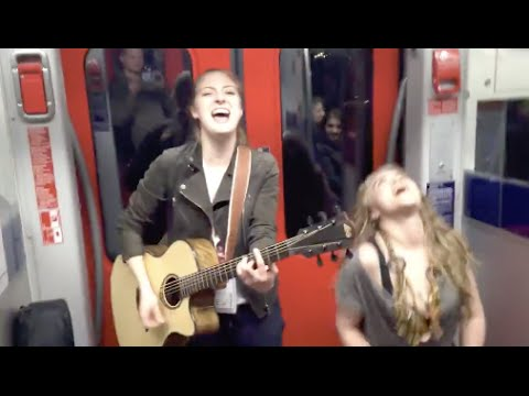 Amazing performance of Prince- Kiss on the subway