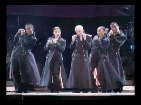 Madonna - 15. Holiday (The Girlie Show - Live Down Under)