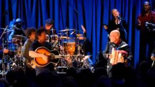 Bruce Springsteen & The Seeger Sessions Band  ** John Henry **