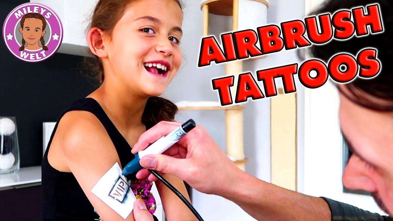 MILEY bekommt TATTOOS - Airbrush Studio von Revell ...