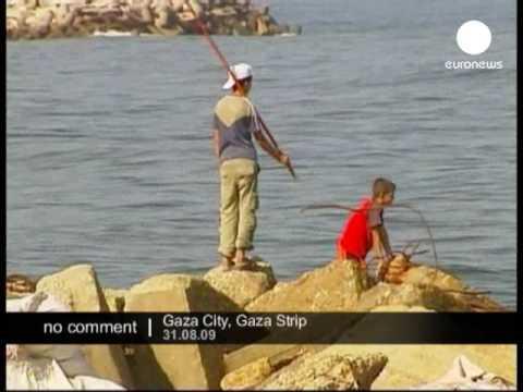 Israeli navy hits Gaza boat