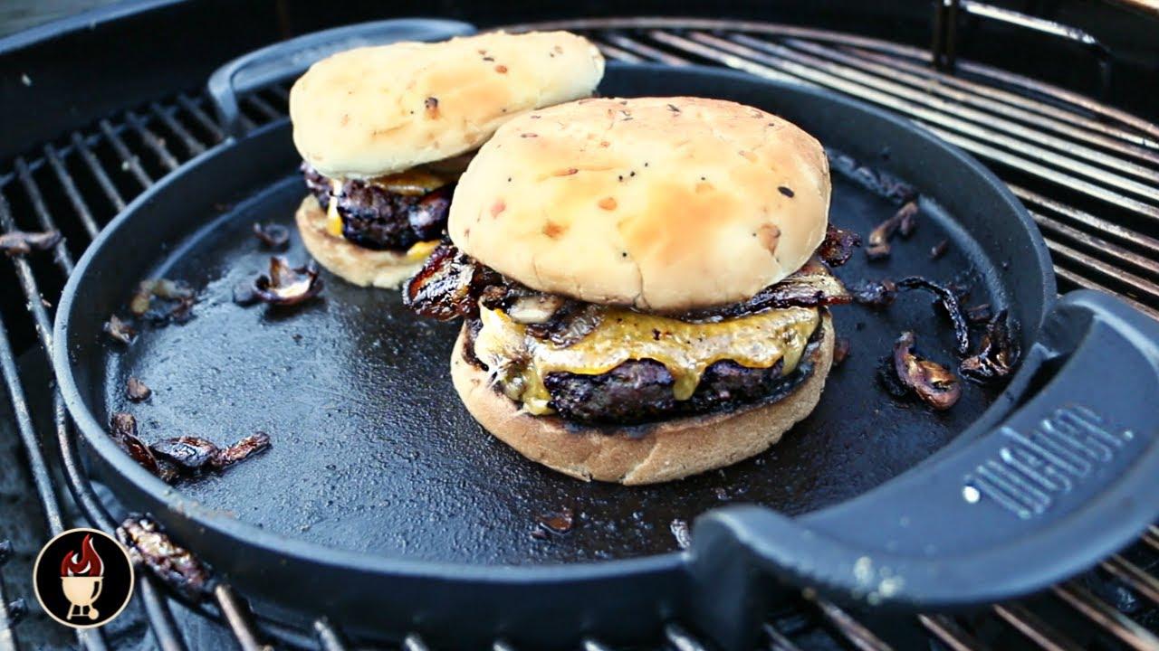 weber griddle burgers burgers on the weber gourmet bbq system griddle youtube. Black Bedroom Furniture Sets. Home Design Ideas