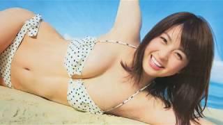 """垂れ目が可愛い""""ゆり菜""""ちゃんグラビアアイドルの王道を征く."""