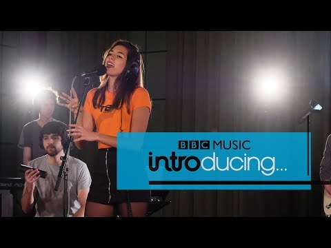 RIKA - Honest / Feeling Good (BBC Music Introducing session)
